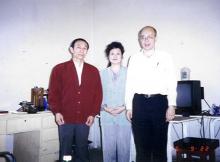 沈今川教授 (左)孫儲琳女士(中)與李嗣涔(右)